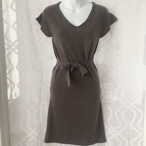 Tulle Taupe Short Sleeve Sweater Dress
